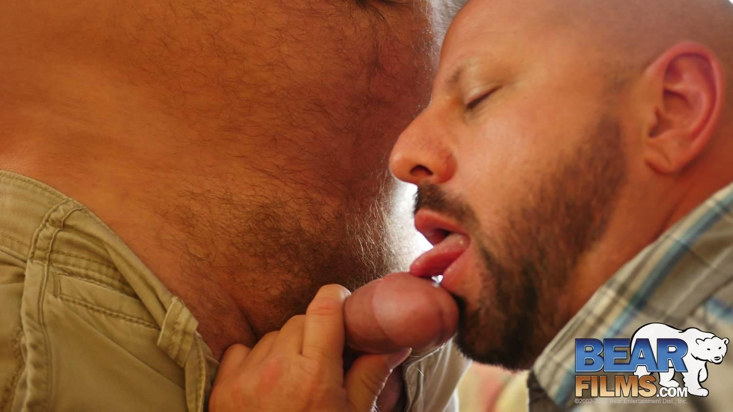 Bear-Films-Kroy-Bama-and-Cooper-Hill-Hairy-Chubby-Bears-Fucking-Bearback-Amateur-Gay-Porn-13 Hairy Chubby Bears Kroy Bama and Cooper Hill Raw Fucking