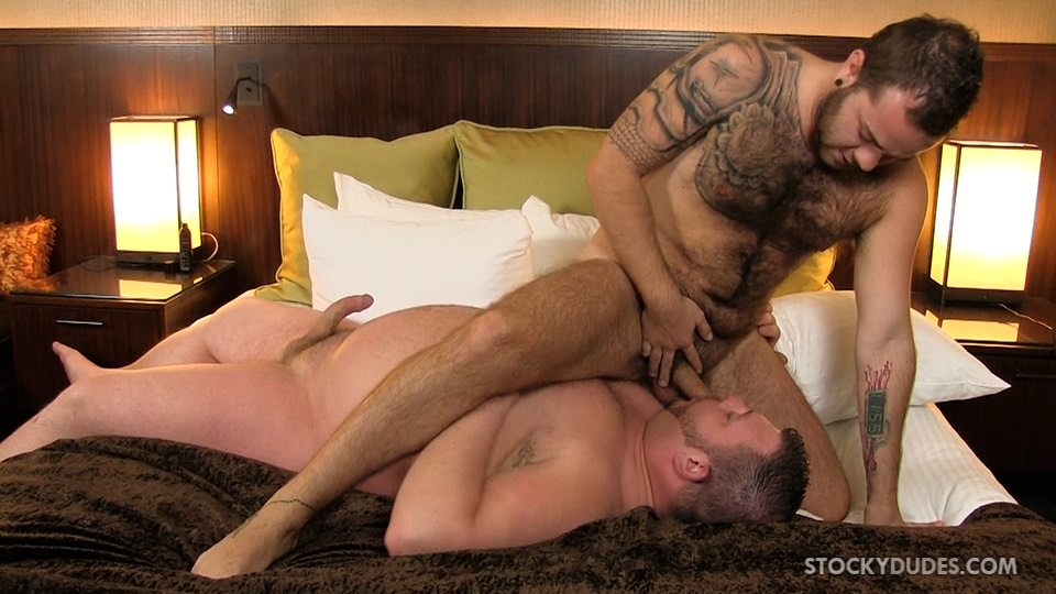 Stocky-Dudes-Colt-Woods-and-Zeke-Johnson-Chubby-Fat-Guy-Fucking-A-Hairy-Cub-Bareback-05 Chubby Guy With A Big Fat Cock Barebacks a Furry Cub