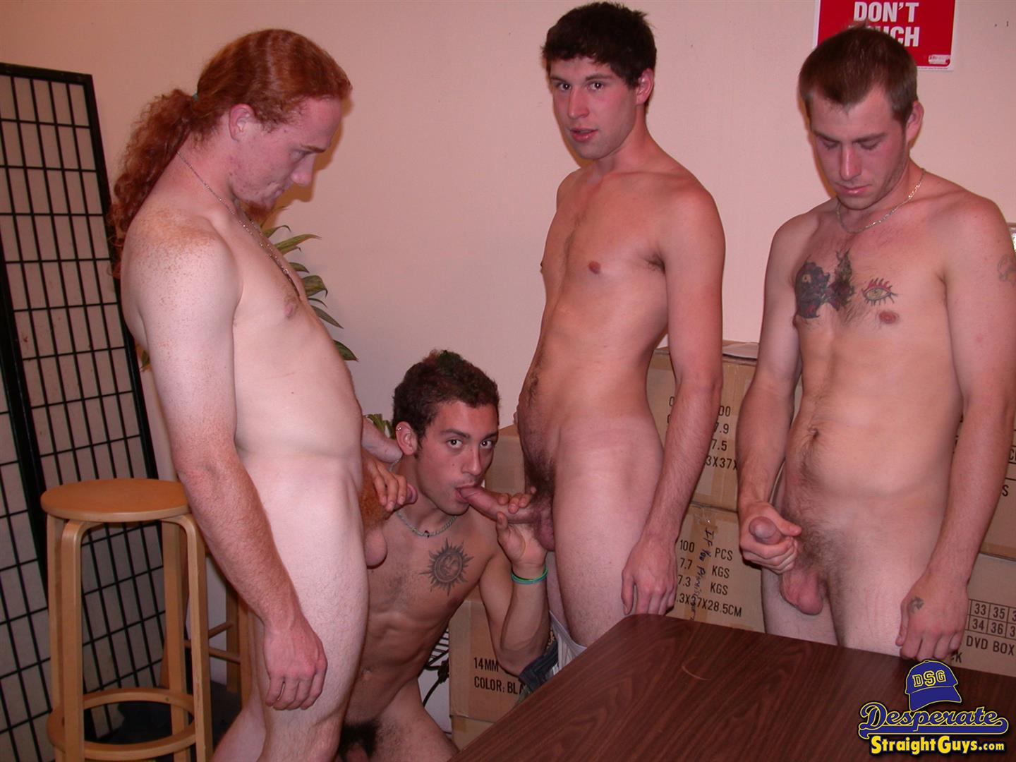 Desperate-Straight-Guys-DJ-and-Aires-and-Ryley-Nyce-and-Cory-Woodall-Flip-Flop-Fucking-Amateur-Gay-Porn-03 Desperate Straight Guys Flip Flop Fucking For Cash