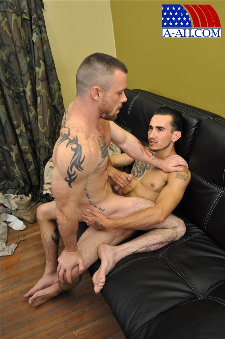 All-American-Heroes-CIVILIAN-MARTEN-FUCKS-SERGEANT-MILES-Army-Guy-Fucking-Amateur-Gay-Porn-12 US Army Sergeant Gets Fucked In The Ass By His Civilian Buddy