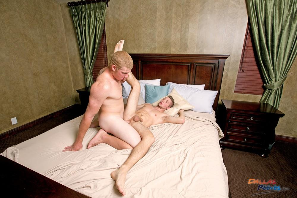 Dallas-Reeves-Milo-Fisher-and-Connor-Chesney-Redhead-Muscle-Hunk-Bareback-Amateur-Gay-Porn-15 Redhead Muscle Hunk Connor Chesney Barebacking Milo Fisher