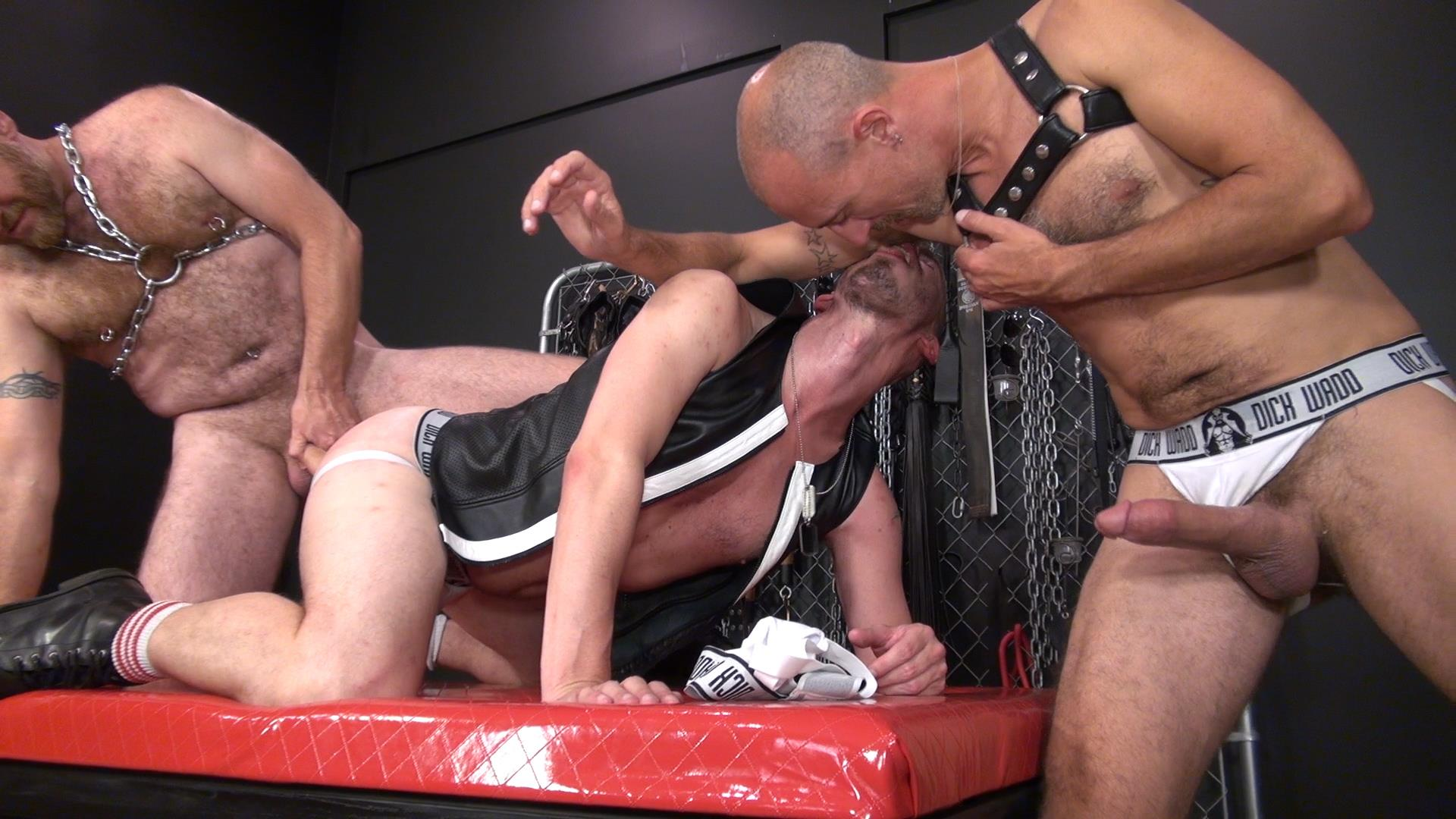 Raw-and-Rough-Nick-Roberts-and-Jason-Stormme-and-Super-Steve-Bareback-Bathhouse-Amateur-Gay-Porn-08 Jason Stormme Gets His Ass Spread Raw With 2 Bareback Cocks