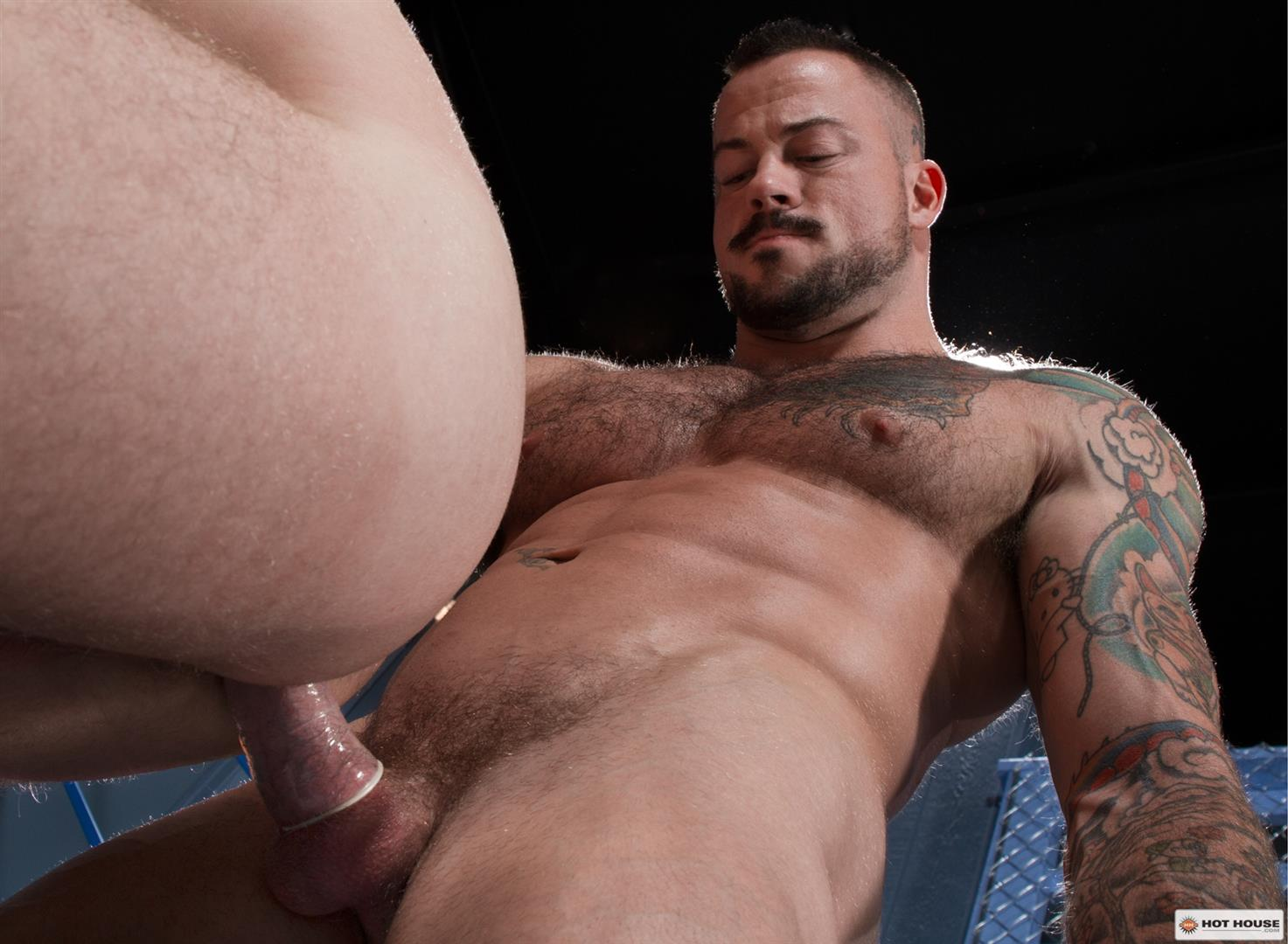Hot-House-Brian-Bonds-and-Sean-Duran-Male-on-Male-Prison-Sex-Amateur-Gay-Porn-11 Correctional Officer Brian Bonds Gets Fucked By Inmate Sean Duran