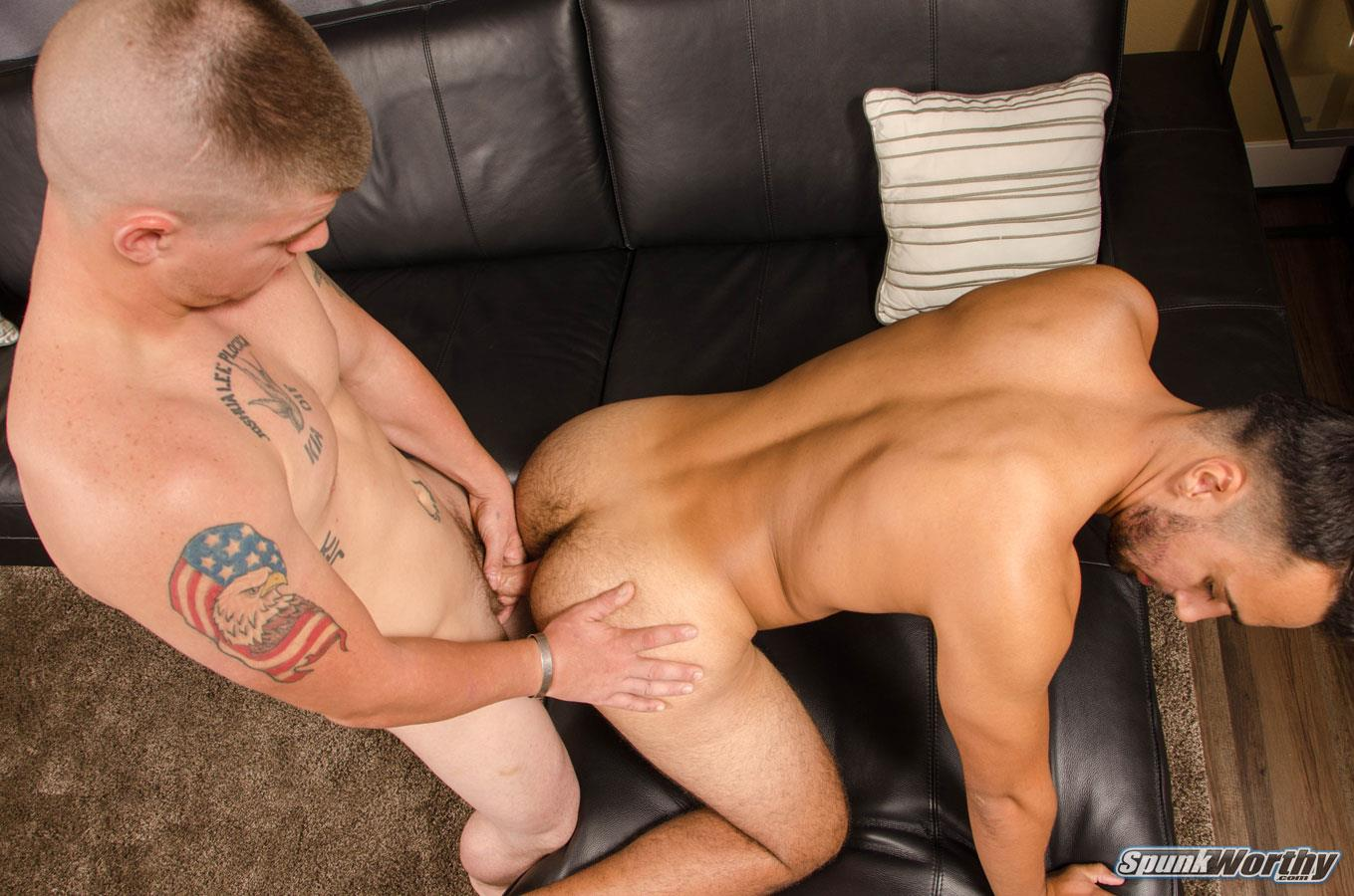 SpunkWorthy-Landon-and-Eddie-Straight-Army-Guy-Fucks-His-First-Ass-Amateur-Gay-Porn-06 Straight Army Hunk Barebacks His First Man Ass