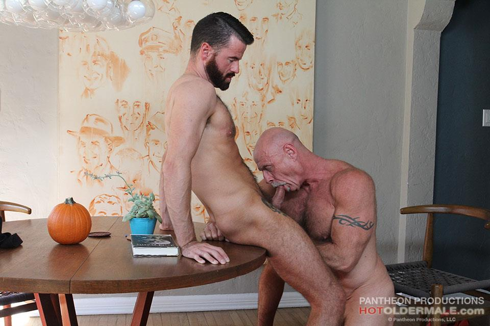 Hot-Older-Male-Conor-Harris-and-Brendan-Patrick-Hairy-Muscle-Daddy-bareback-Amateur-Gay-Porn-09 Hairy Muscular Daddy Conor Harris Barebacks Brendan Patrick