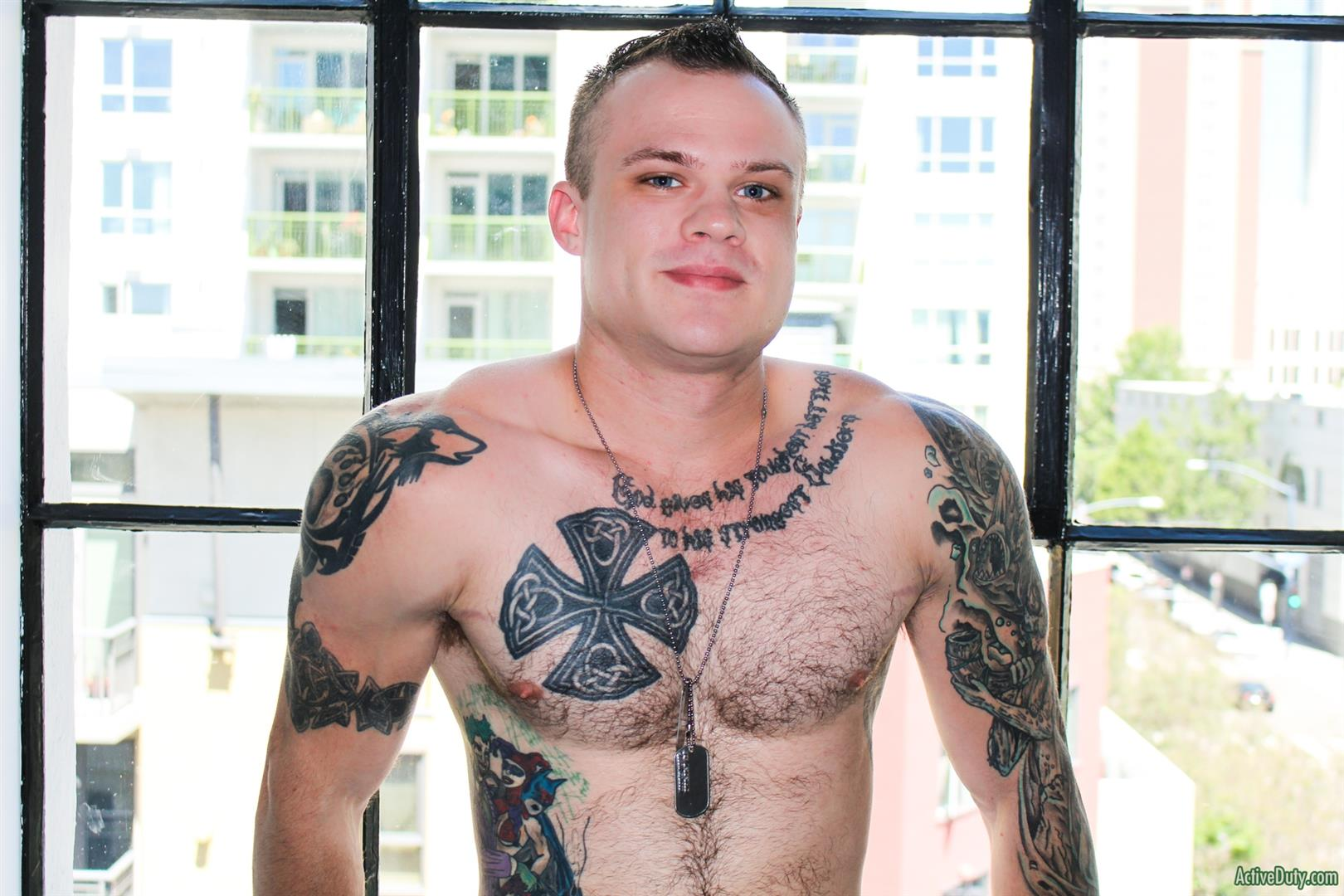 Active-Duty-Cody-Smith-Army-Hairy-Muscle-Guy-Jerking-Off-Big-Dick-07 Hairy Tatted Muscle Army Soldier Jerking His Cock